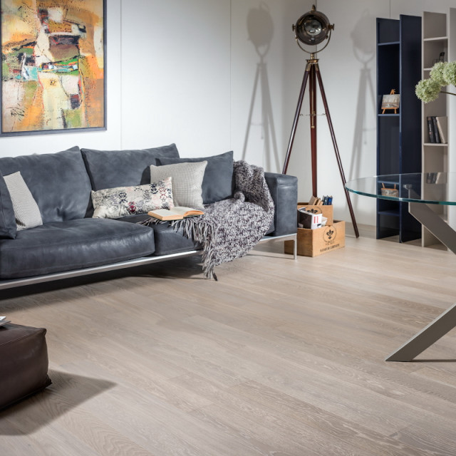 Parketas COSWICK Brushed & Oiled Collection Ąžuolas White Frost